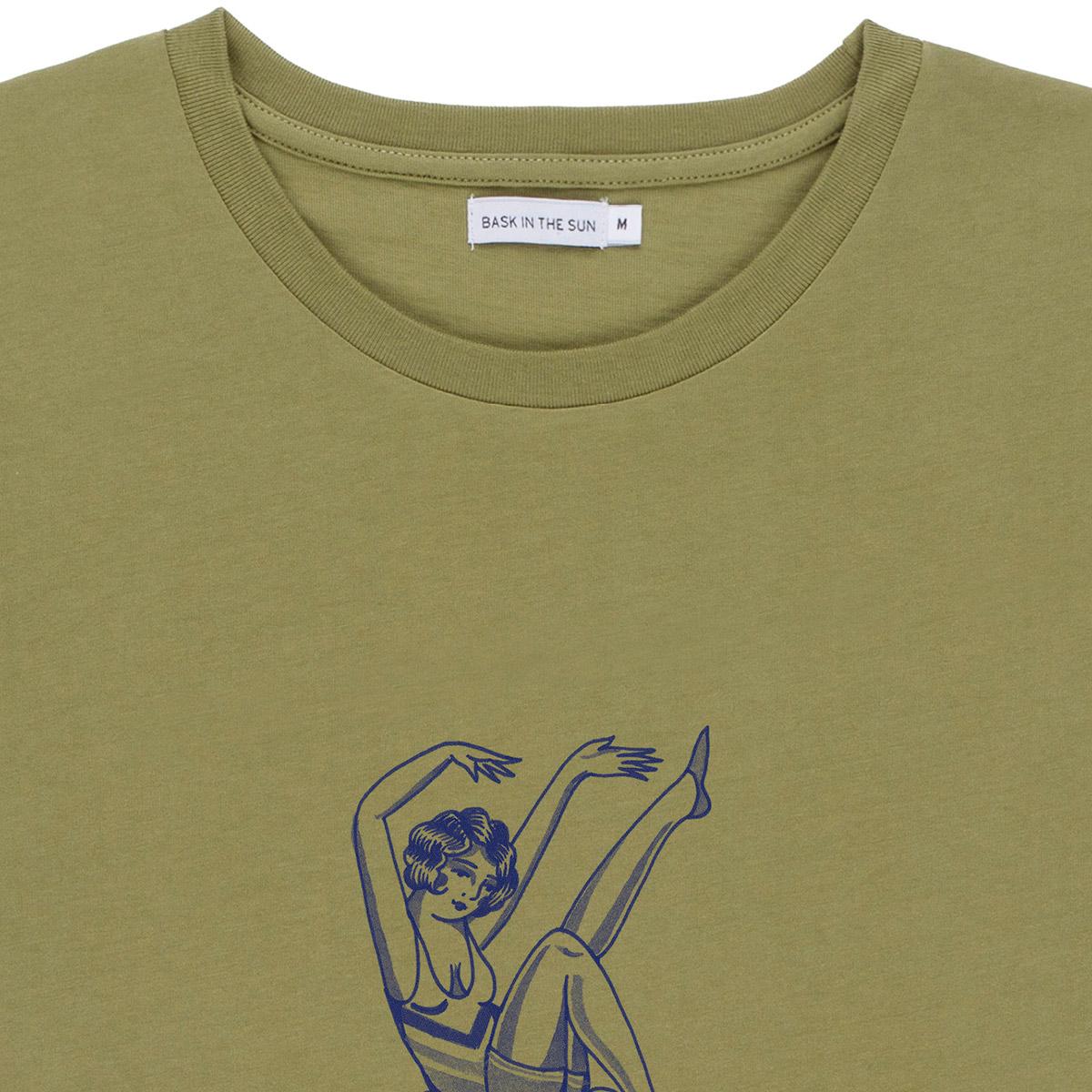 T-shirt en coton bio kaki smoking fish - Bask in the Sun num 2